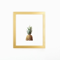pineapple_art_gold_frame_white_wall